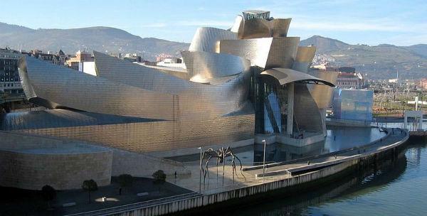 Guggenheim Museum Bilbao - architect Frank Gehry